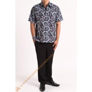 http://batikmegamakmur.com/1033-3054-thickbox/kemeja-katun-item-ukel.jpg