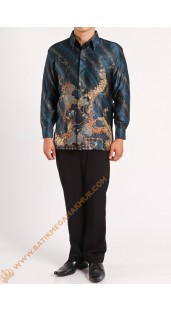 Kemeja Silk Motif Naga