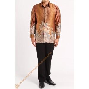 http://batikmegamakmur.com/184-1807-thickbox/kemeja-semi-silk-nuansa-coklat.jpg