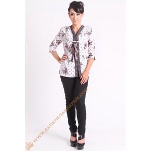 http://batikmegamakmur.com/258-2296-thickbox/blus-semi-silk-model-kepang.jpg