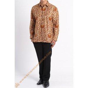 http://batikmegamakmur.com/134-1718-thickbox/kemeja-katun-lengan-panjang-motif-garuda.jpg